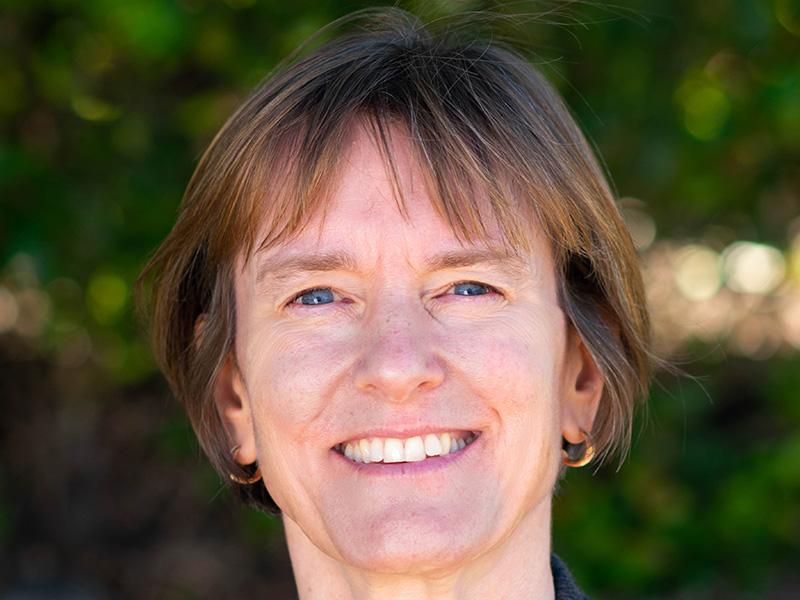 Dr Anna Eakins