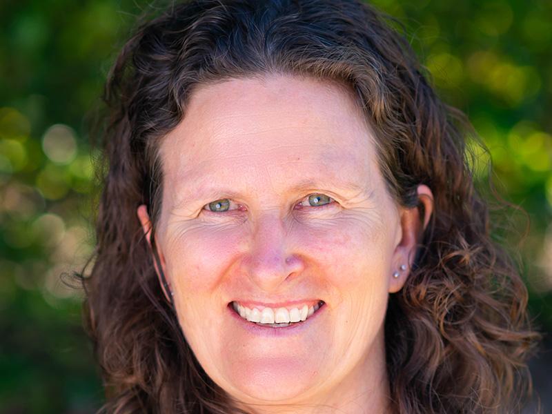 Dr Joanna Nathan